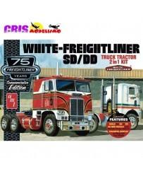 Maqueta AMT White Freightliner 2 en 1 1:25 Round2