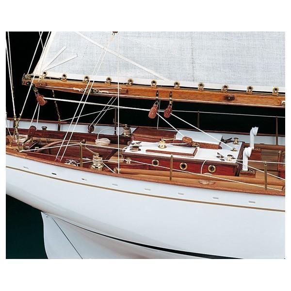 Maqueta Yacht de regata Dorade