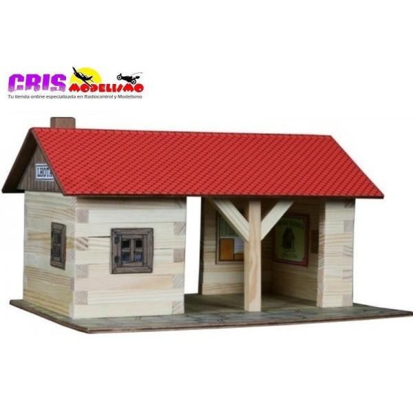 Construccion en madera Estacion de Ferrocarril